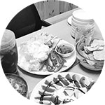 식탁위의 음식사진1